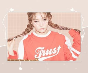pastel and chungha image
