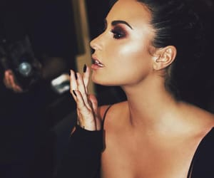 demi lovato, makeup, and demi image