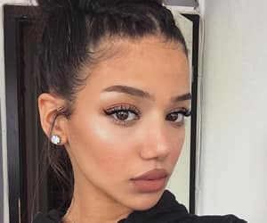 girl, makeup, and dinadenoire image