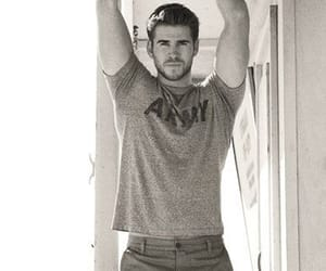 celebrities, liam hemsworth, and handsome image