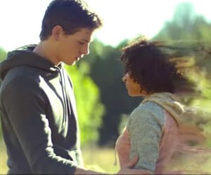 liam stewart, ruby daly, and the darkest minds movie image