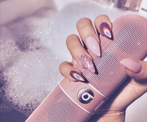 nails, pink, and beats image