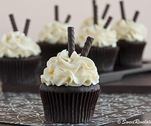 cake, cupcake, and chocolate image
