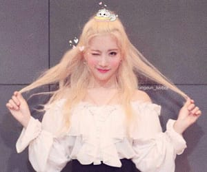 loona, kpop, and soft image