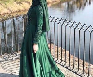 beauty, emerald, and hijab image