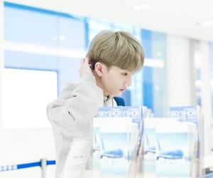 jisung, nct, and idol image