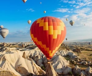 adventure, fly high, and hotairballoon image