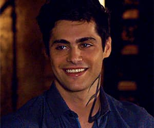 gif, shadowhunters, and matthew daddario image
