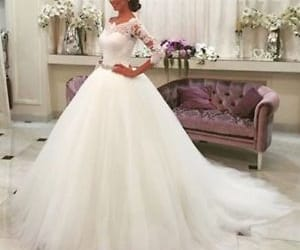 bridal dress and ball gown wedding dress image