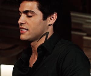 gif, shadowhunters, and handsome image