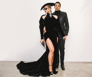 amor, queen b, and couple image