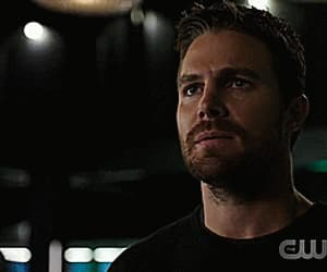 arrow, gif, and oliver queen image