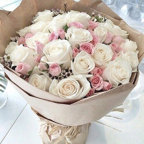 Flowers Discovered By So Guinou On We Heart It
