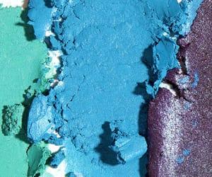 eyeshadow, light blue, and zoomship image