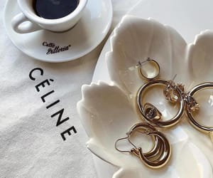 accessories+gold, outfits+clothes+style, and fashion+beauty+girl image