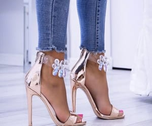 chaussures, shoes, and escarpins image
