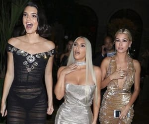 kim kardashian, kardashian, and kendall jenner image