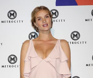 event, rosie huntington-whiteley, and 2017 image