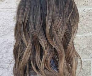 hairstyle and balayage image