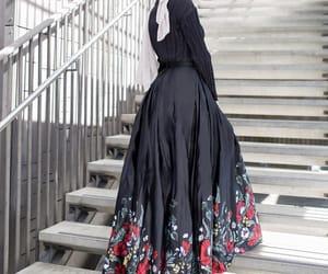 fashion, hijab, and hijâbi image