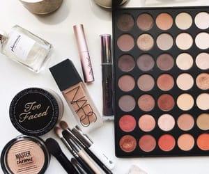 eyeshadow, makeup, and lipstick image