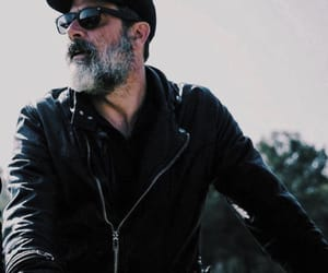 jeffrey dean morgan and negan image