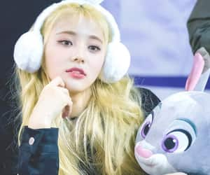 kpop, cute, and loona image