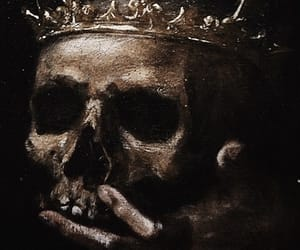 crown and skull image