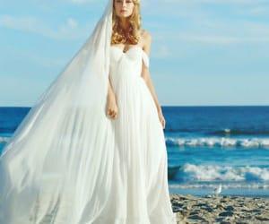 beach wedding dress image