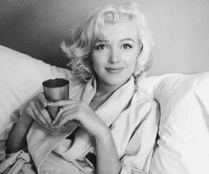 Marilyn Monroe and blonde image
