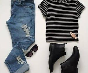 flatlay jeans image