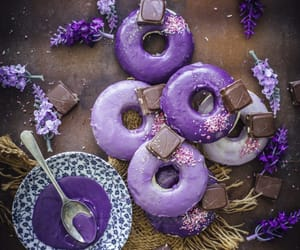chocolate, delicioso, and donuts image