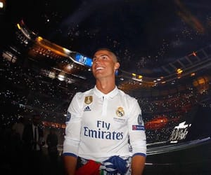 cr7, cristianoronaldo, and halamadrid image