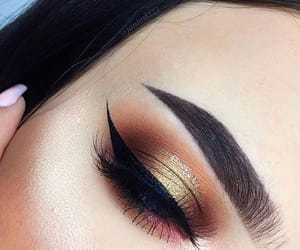 beauty, eyeliner, and girl image
