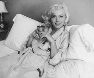 1953 and Marilyn Monroe image