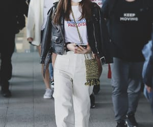 snsd, taeyeon, and airport fashion image