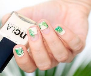 elegant, green, and manicure image