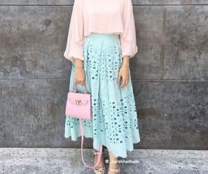 hijab, pink, and hijabi blogger image