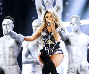 performing, Queen, and brit awards 2017 image