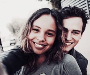 13 reasons why, justin, and couple image