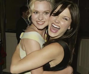 sophia bush, Hilarie Burton, and one tree hill image
