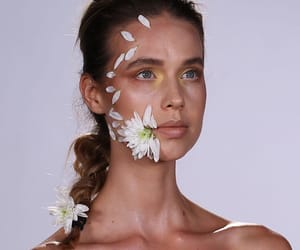 aesthetic, floral, and beuaty image