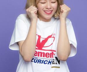 twice, jeongyeon, and kpop image