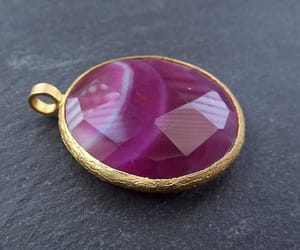 hot pink, gold pendant, and agate pendant image