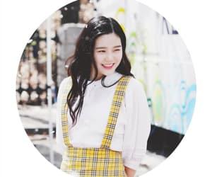 kpop edits, pastel kpop, and kpop wallpapers image