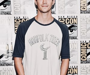 grant gustin and the flash image
