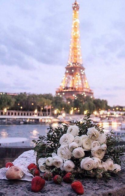 Image About Wallpapers Backgrounds In France Paris By A Love Live