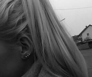 beauty, earrings, and girl image
