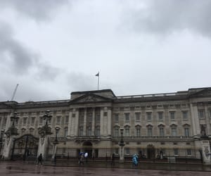 architecture, london, and palace image