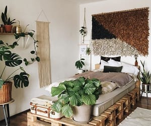 bedroom, cozy, and green image